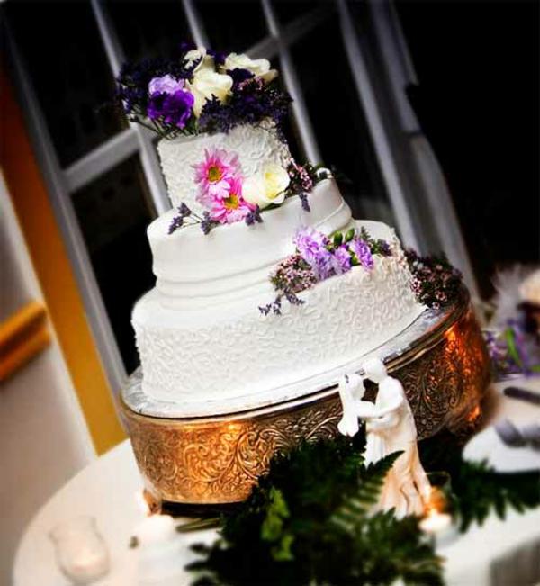 Hochzeitstorten kuchen braut kühne farben