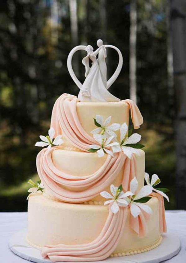 Mehrstöckige Hochzeitstorten kuchen braut pfirsichfarben