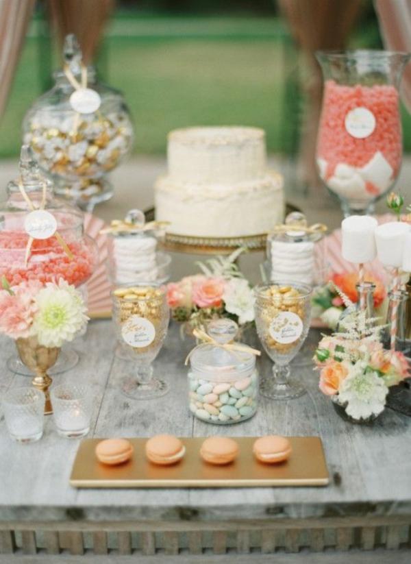 Cremig und Pfirsichfarben Hochzeitsdeko tischdekoration