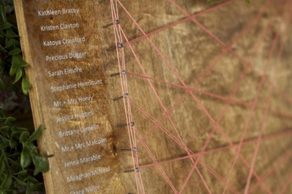 Rustikale-Hochzeitsdeko-selber-machen-warme-Erdfarben-scheiben