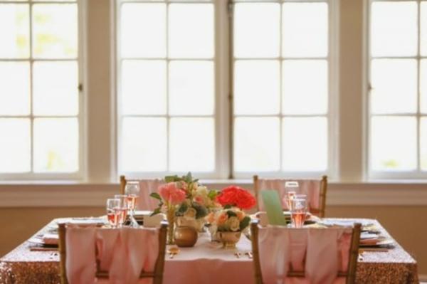 tischdecke seide Hochzeitsdeko Ideen dekoideen hochzeit fenster