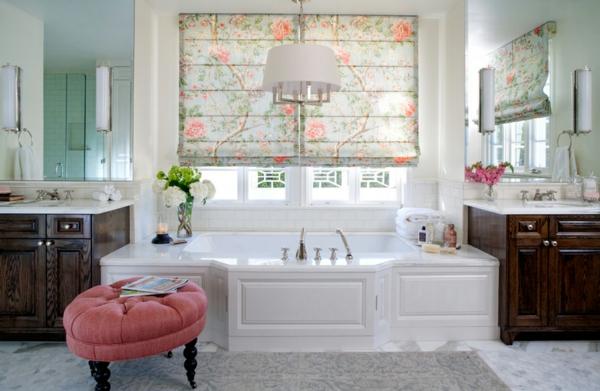 Tapeten Stoffe mit Blumenmuster badezimmer badewanne