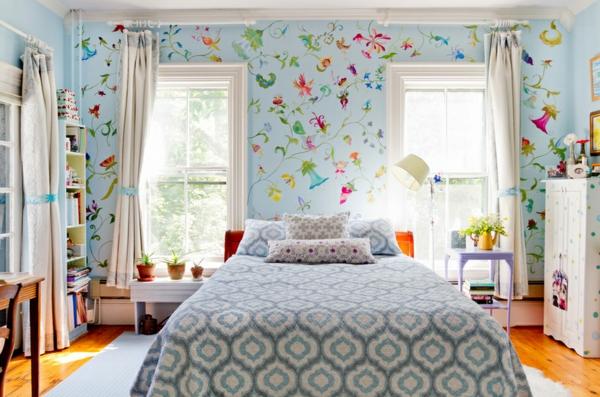Tapeten blaue motive Stoffe mit Blumenmuster bettwäsche
