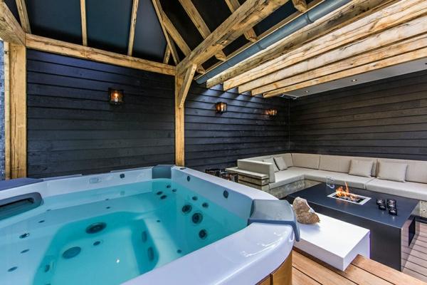 Einrichtung und Schwimmbad Wellness Garten jacuzzi