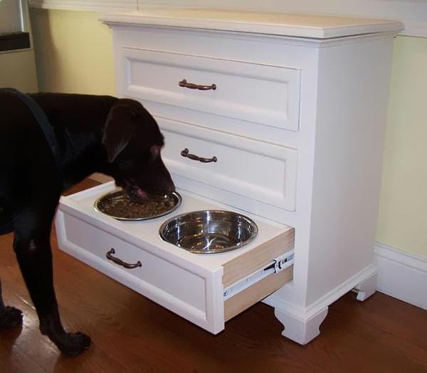 funktionelle Geschenkideen für Hunde schublade futter