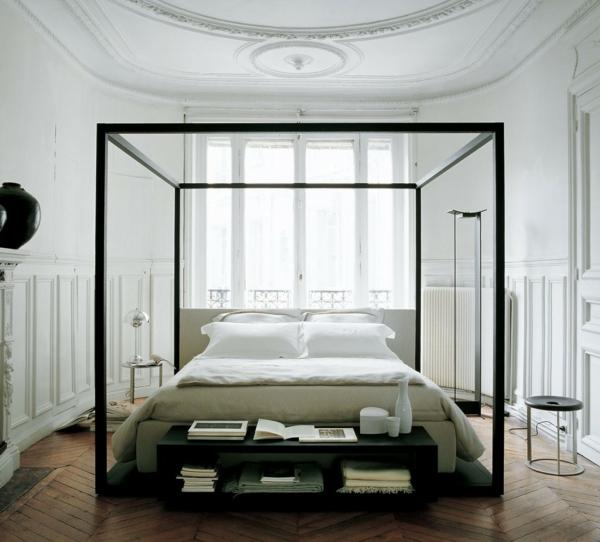 einrichtungsideen schlafzimmer himmelbett lagerraum
