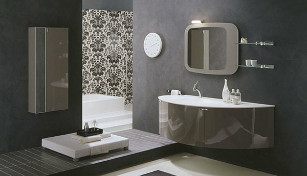 dunkle flecken spiegel im badezimmer graue farben