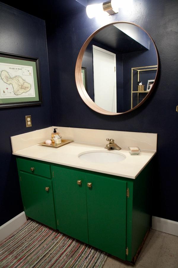 dunkle spiegel flecken badezimmer kühn farben
