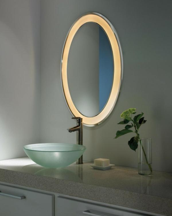 dunkle flecken spiegel badezimmer oval beleuchtet