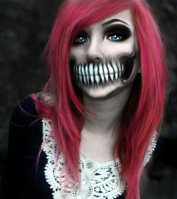 halloween schminken zombie schminktips schwarz weiß rothaarige