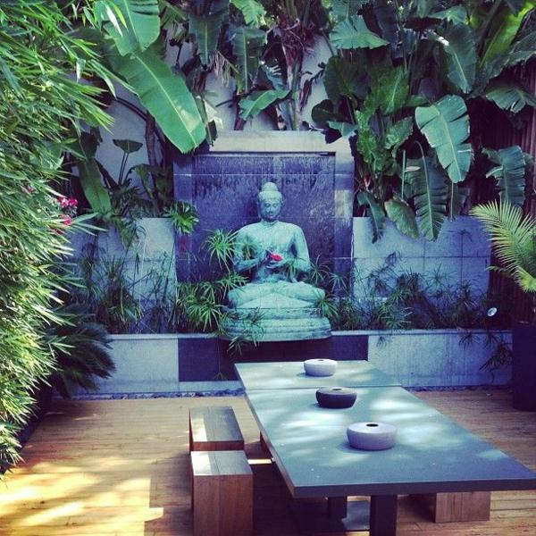 japanischer garten outdoor möbel buddha skulptur