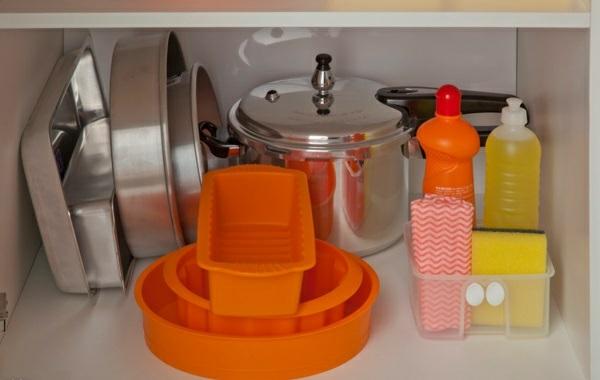 küchengestaltung ideen küchenschränke ordnen küchenform
