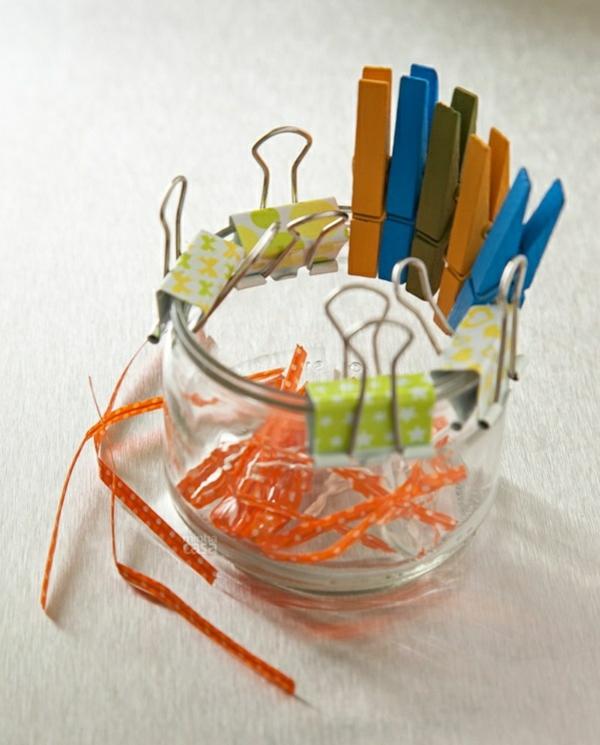 küchengestaltung ideen küchenschränke ordnung schaffen wäscheklammer geldklammer