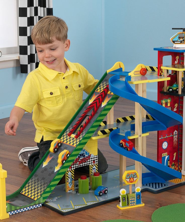 kinderzimmer gestalten junge spielraum spiekzeuge