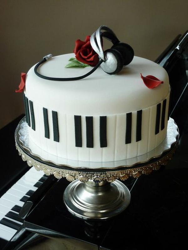 kuchen torten musik weiß braun piano
