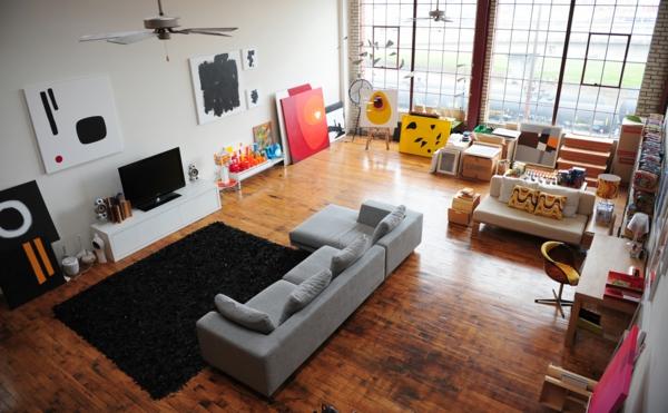loftwohnung tv wand teppich möbel