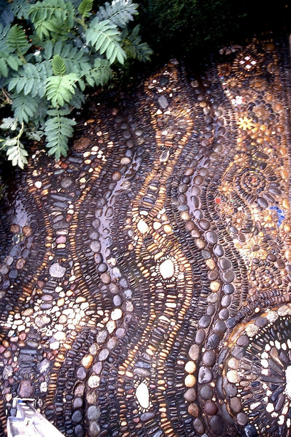 magische kieswege kunstvoll gartengestaltung schimmernd natur