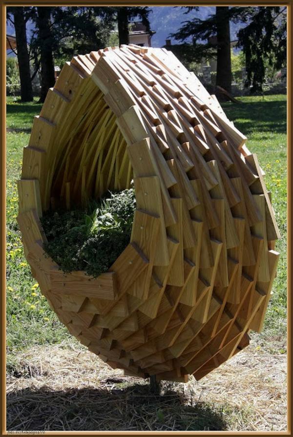 massive Holzmöbel Paletten blumentopf pflanzbehälter