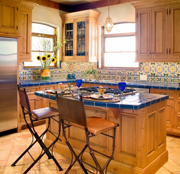 moderne einrichtungsideen küche aus holz mexikanischer stil möbel farbpalette