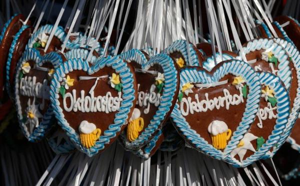 oktoberfest münchen 2014 bayerischer lebkuchen herzen oktoberfest