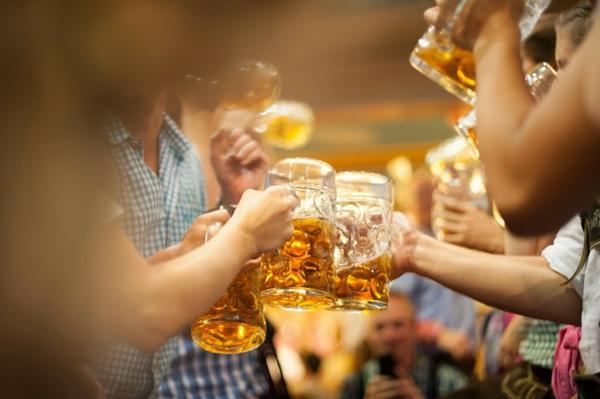 oktoberfest münchen 2014 bierfest eine maß bier preis