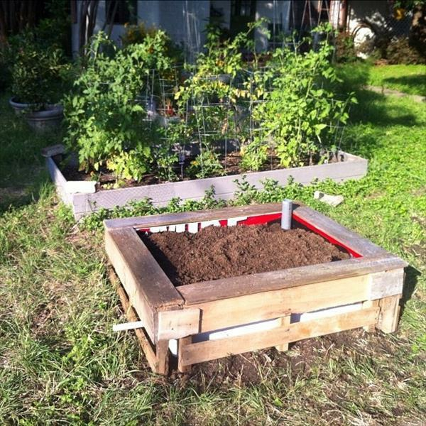 Make Wicking Garden Bed