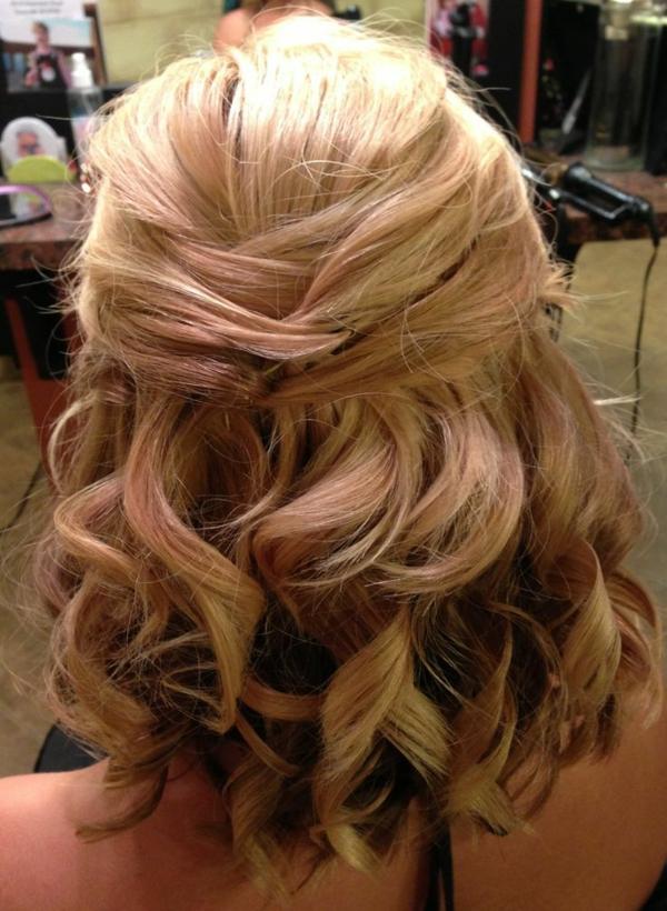 Brautfrisur Halboffen Kommen Sie Mit Stil Unter Die Haube