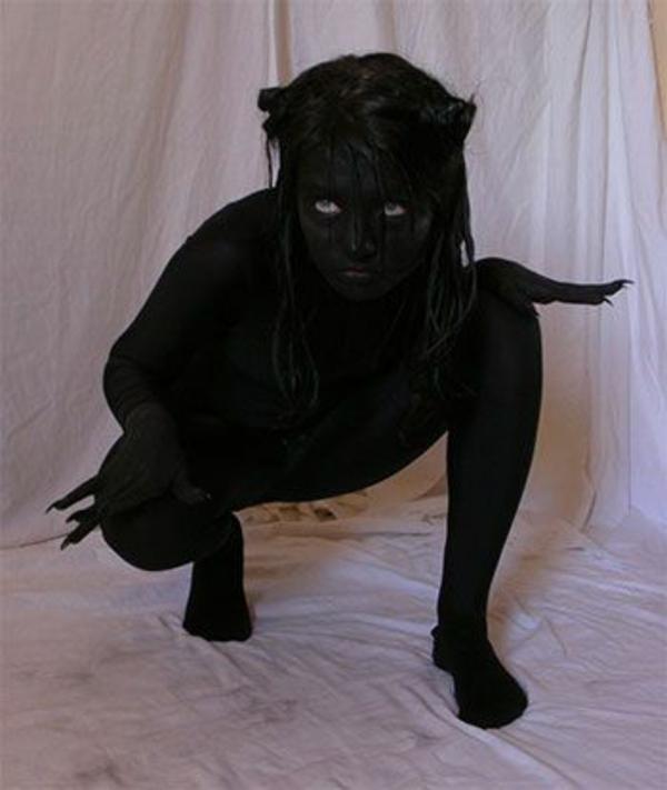 halloween kostüme in schwarz karnevalskostüme