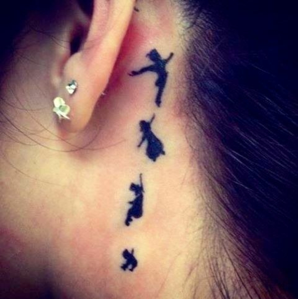 tattoos ideen tattoo hinter dem ohr peter pan