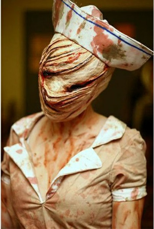 halloween kostüme schrecklich krankenschwester horror