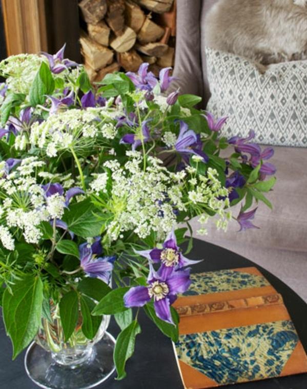 couchtisch blumen lila frisch tischdeko