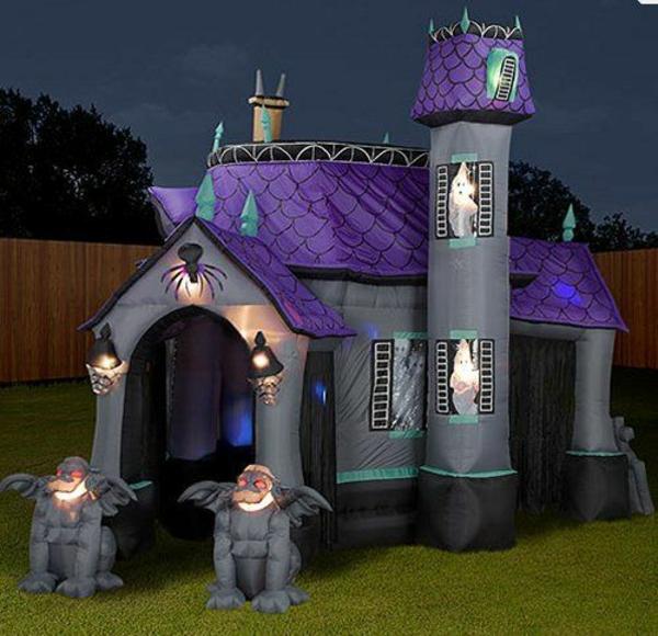 Aufblasbare Werbeartikel zu Halloween castle