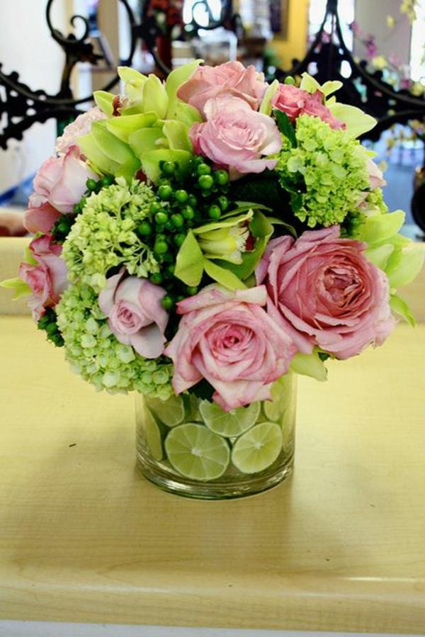 Blumengestecke schöne Blumensträuße garten rosen