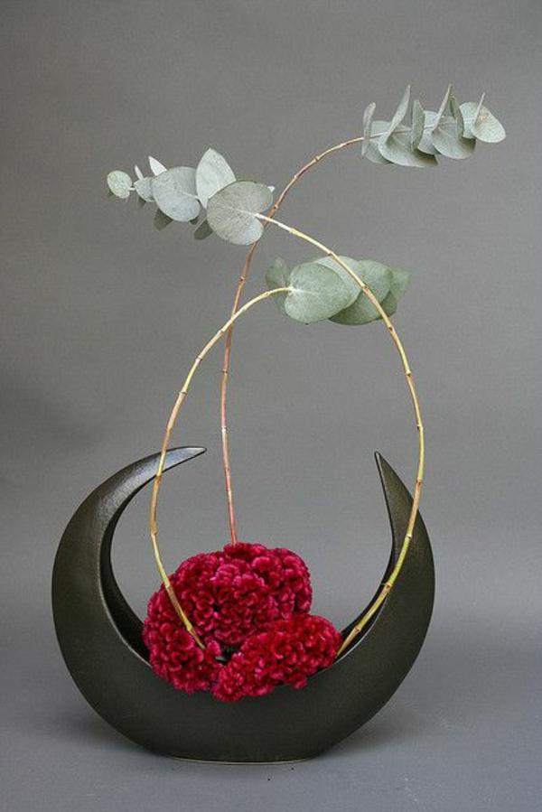 Blumengestecke und schöne Blumenstäuße rot blüten