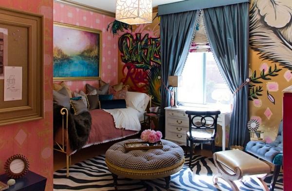 Graffiti art Wand tapeten rosa getupft Hause samt gardinen