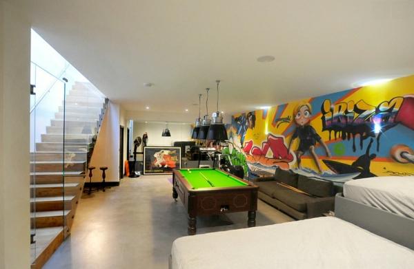 Graffiti Wand treppe geländer glas Hause tolle farben