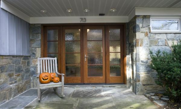Halloween holzstuhl schaukelstuhl Deko Ideen außenbereich nachbarn