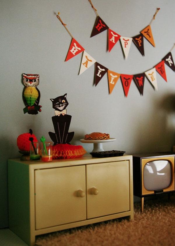 Halloween Deko basteln girlande eulen pappe bunt