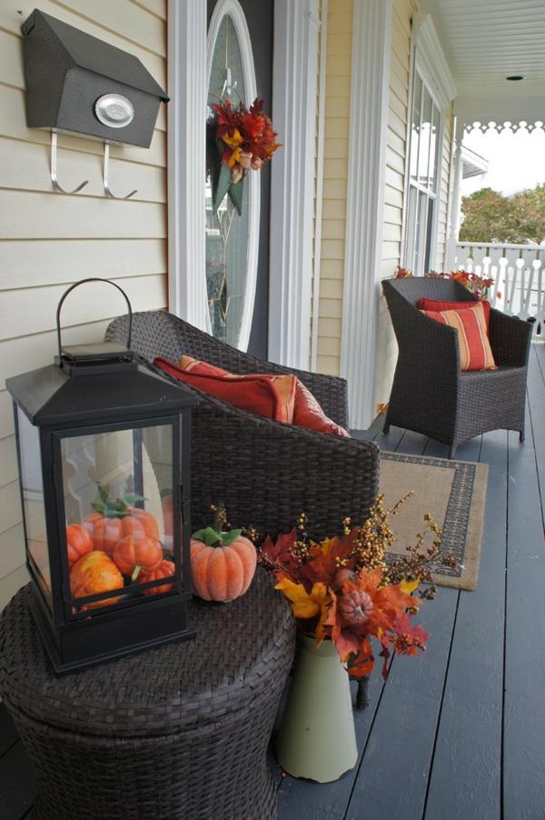 Halloween Ideen kürbisse laternen