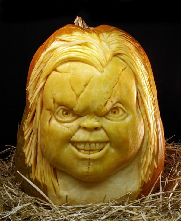 Halloween Kürbis film schnitzen art böse