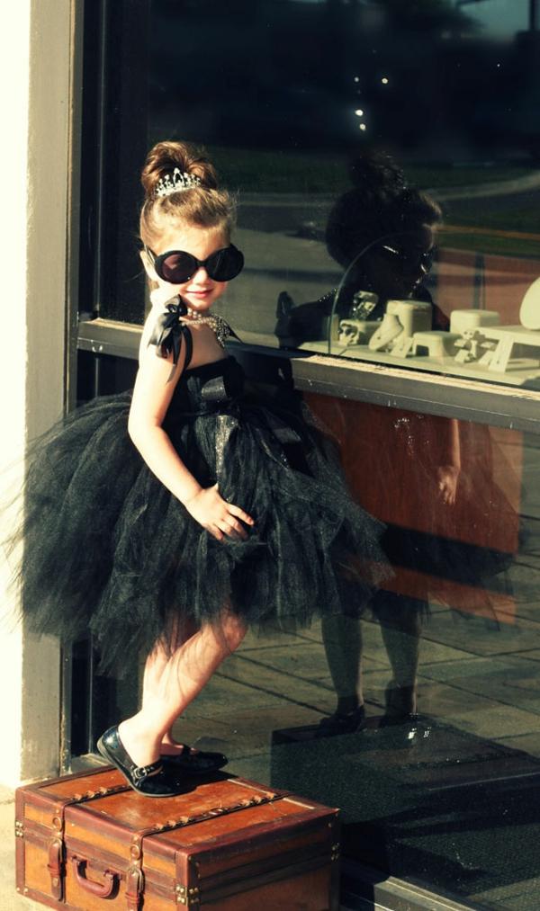 Halloween schwarz spitze Kinderkostüme designs festlich schick dame
