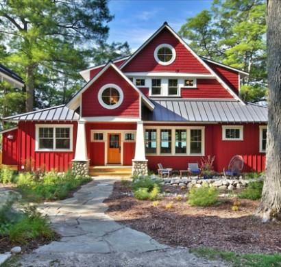 Hausanstrich Farbe Ware Eine Rote Hausfassade Etwas Fur Sie