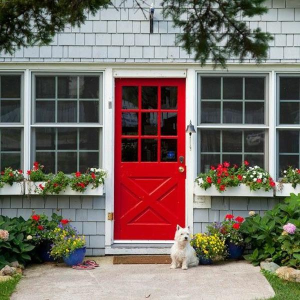 Hausanstrich Farbe rot hausfassade farbe farbideen eingangstür rot haustür vorgarten gestalten