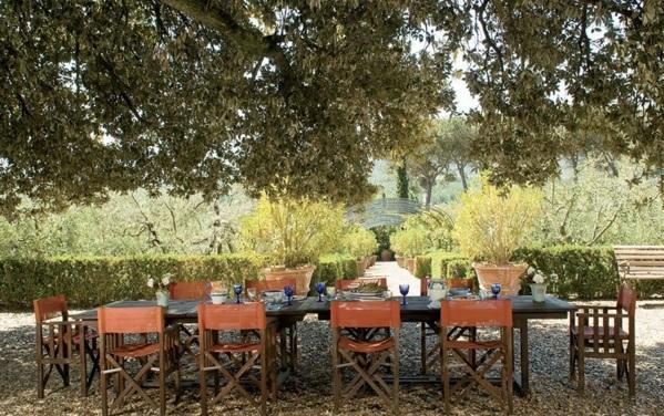 Loungemöbel im Garten esstisch stühle