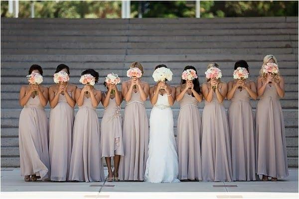 Lustige- Hochzeitsfotos Ideen brautstrauß