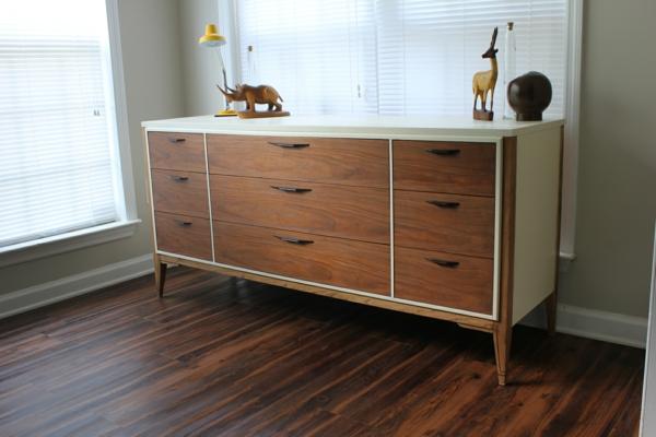 coole Wohnzimmerschränke Sideboards aus Birkenholz blumen