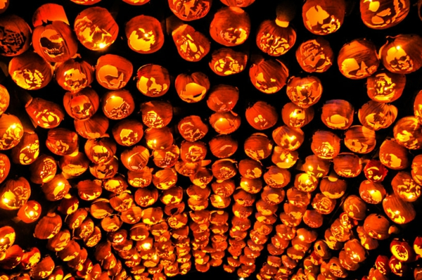 Riesige Kürbis Schnitzvorlagen für Halloween überdachung