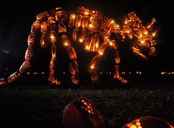 Riesige Kürbis Schnitzvorlagen Halloween thematisch