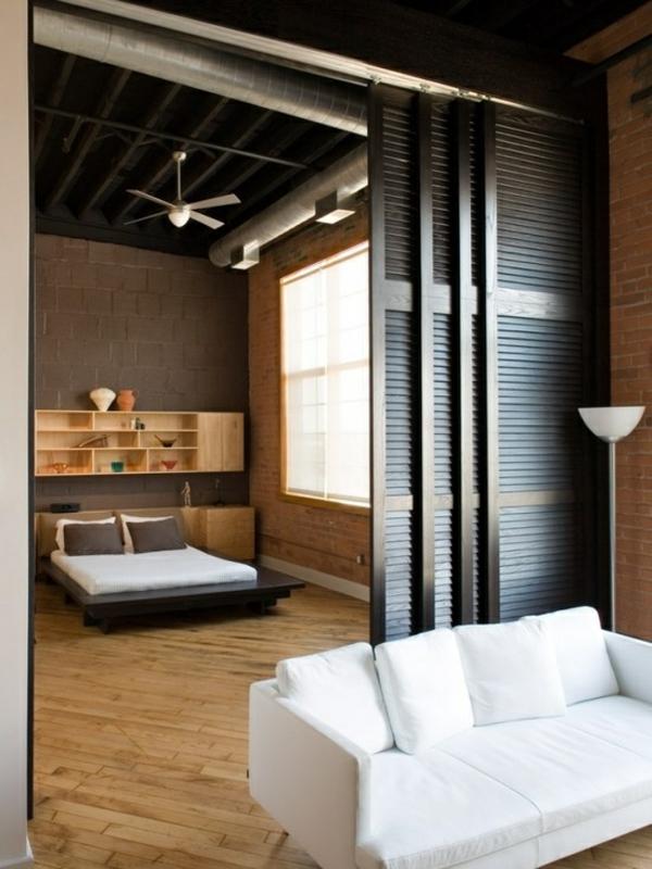 Schiebet ren als raumteiler mehr privatheit in der for Sofa als raumteiler