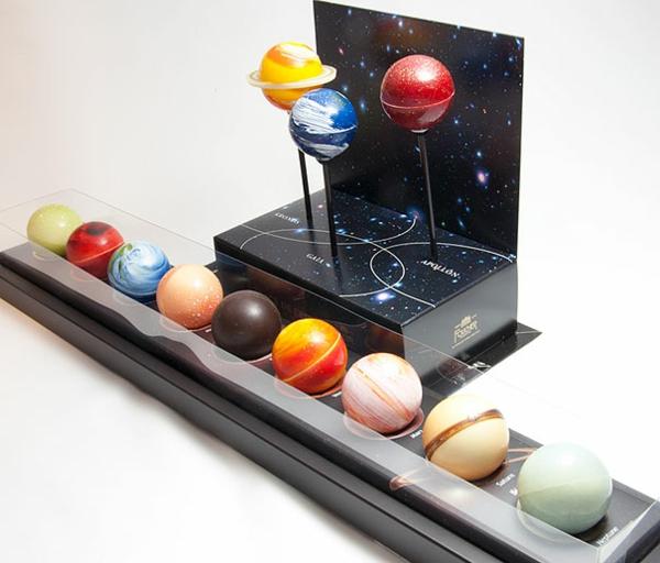 Schokoladen Formen kunstvoll ideen design weltall planeten